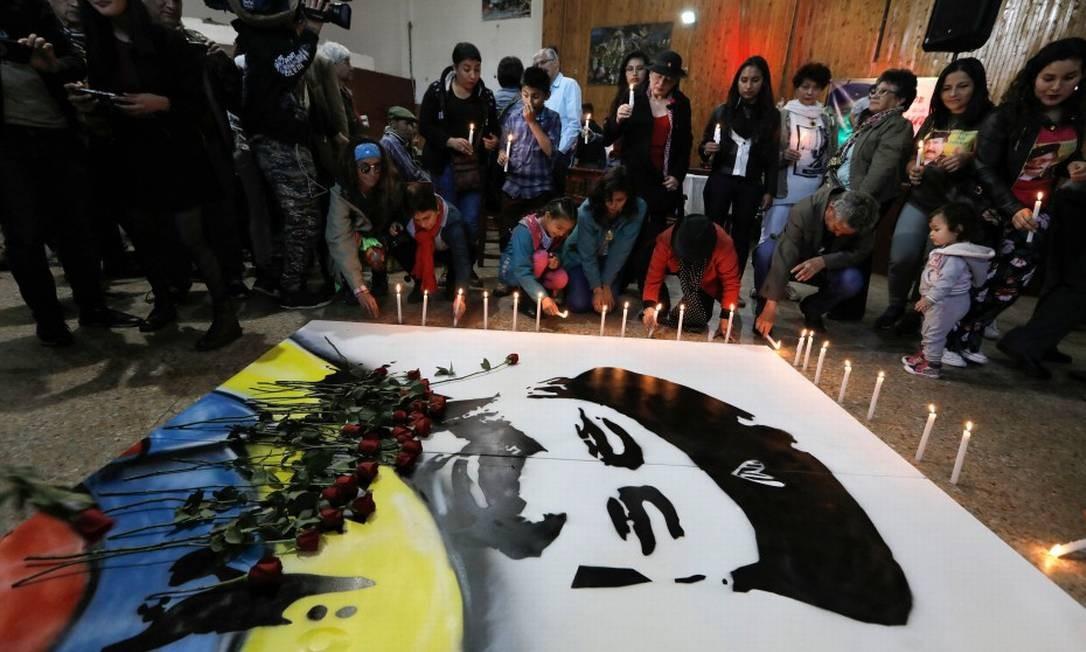 Apoiadores e membros do partido das Farc lembram a memória de um ex-chefe da guerrilha Jorge Briceño, o 'Mono Jojoy', no último dia 23 de setembro Foto: JOHN VIZCAINO / AFP