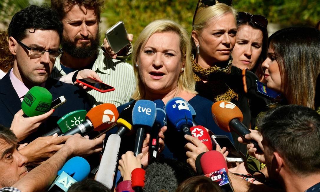 Ines Madrigal fala a jornalistas depois do veredito do julgamento do caso dos chamados 'bebês roubados' Foto: JAVIER SORIANO / AFP