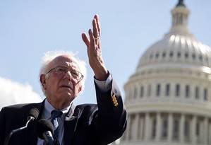 O senador democrata Bernie Sanders, que é comparado a Marx, Mao e Lenin por relatório da Casa Branca Foto: Drew Angerer / AFP