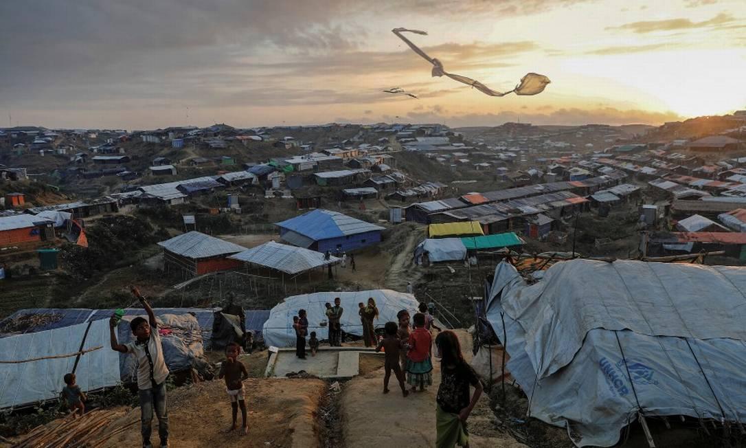 Kutupalong, acampamento Rohingya improvisado perto de Cox's Bazar, Bangladesh Foto: Damir Sagolj / Agência O Globo