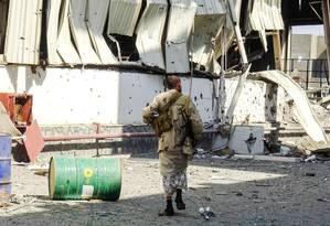 Área na parte leste da cidade de Hodeida, principal palco dos confrontos nesta segunda-feira no Iêmen Foto: STRINGER / AFP