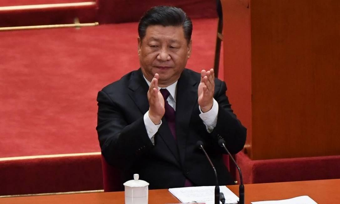 O presidente Xi Jinping convocou reunião com 25 membros do Partido Comunista para exercício de autocrítica Foto: WANG ZHAO / AFP