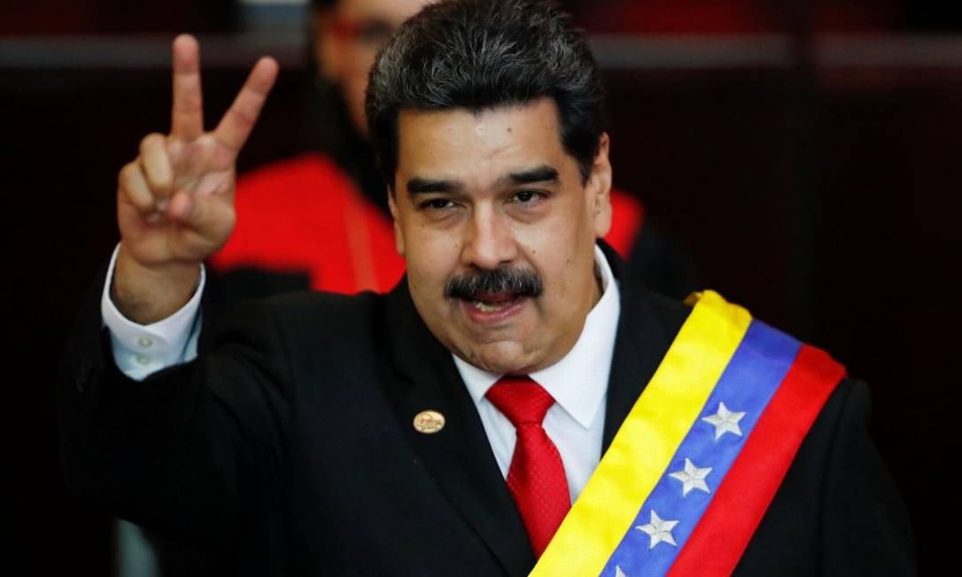 O presidente da Venezuela Nicolás Maduro após receber a faixa presidencial em Caracas Foto: CARLOS GARCIA RAWLINS / REUTERS