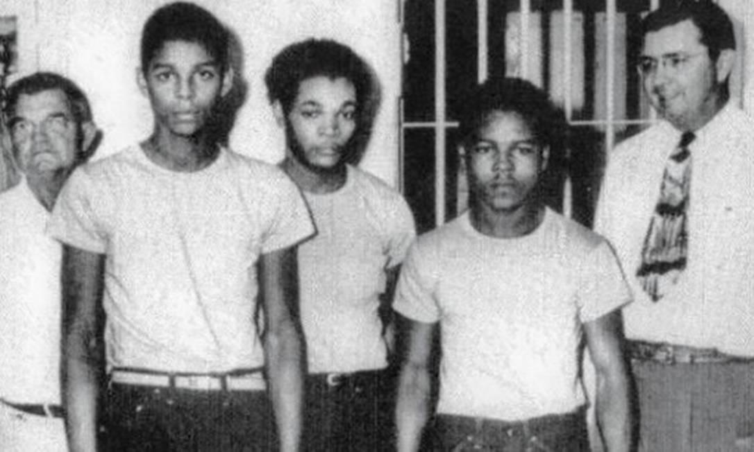 Três dos quatro jovens negros condenados por estupro erroneamente em 1949, na Flórida: estado pede desculpas 70 anos depois Foto: Reprodução/Twitter