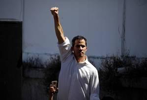 O presidente da Assembleia Nacionalo, Juan Guaidó, após ser preso e solto por agentes do governo Maduro Foto: CARLOS GARCIA RAWLINS / REUTERS