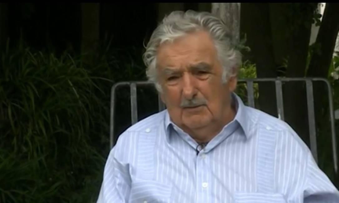 O ex-presidente uruguaio, José Mujica, em entrevista à CNN sobre a crise na Venezuela Foto: Reprodução