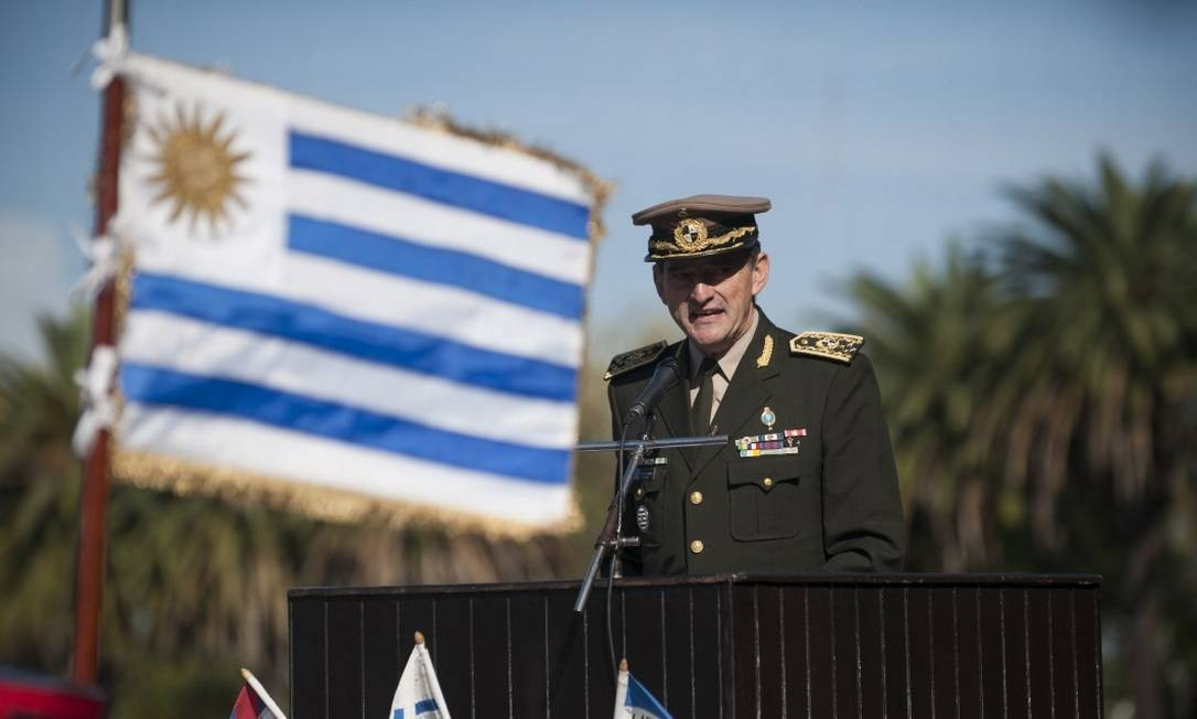Discurso de Guido Manini Ríos em acoemoraço do Exército Nacional do Uruguai, em Montevidéu Foto: Fernando Ponzetto / Agência O Globo