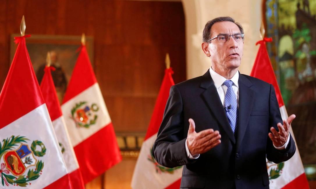 O presidente peruano Martín Vizcarra em pronunciamento ao país no começo de abril Foto: Reuters