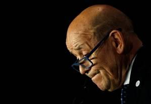 Ministro das Relações Exteriores da França, Jean-Yves Le Drian, disse que a França é contra as condenações de pena de morte, mas que rejeita o regresso dos franceses ao país de origem Foto: Stephane Mahe / REUTERS