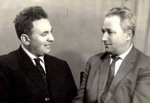 Os sobreviventes do campo Nazista de Sobibor Semion Rosenfeld (Esquerda) e Alexander Pechersky (Direita) em uma foto, tirada depois da Segunda Guerra Mundial, que foi disponibilizada pelo museu Memorial das vítimas do Holocausto de Yad Vashem Foto: Museu do Holocausto/AFP