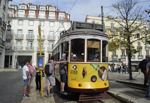 Praça Luis de camões, Chiado, Lisboa, Portugal. Foto: Cristina Massari