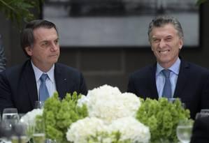 O presidente Jair Bolsonaro e seu homólogo argentino Mauricio Macri durante almoço oficial na Casa Rosada Foto: JUAN MABROMATA / AFP 7-5-19