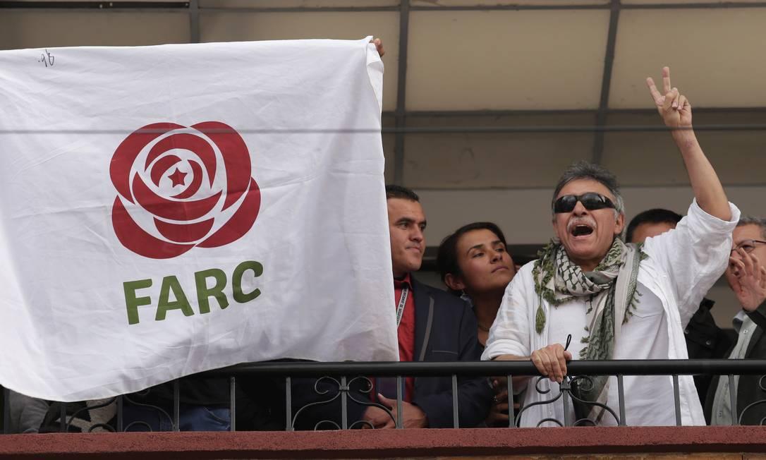 Santrich na sede da Força Alternativa do Comum, o partido formado pela antiga guerrilha Foto: Andres Torres Galeano / Reuters/30-5-2019