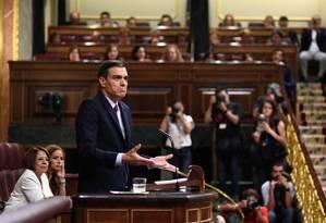 Candidato para a reeleição, o socialista Pedro Sánchez fala no Parlamento em Madri Foto: OSCAR DEL POZO / AFP 22-7-19