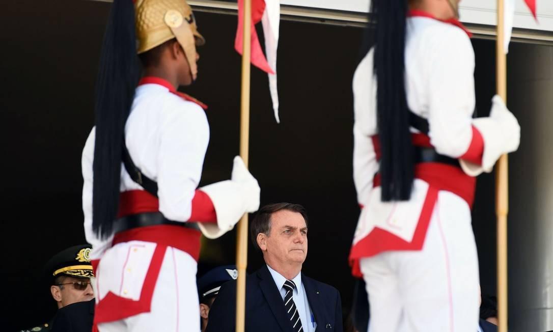 O presidente Jair Bolsonaro em cerimônia de troca da guarda no Palácio do Planalto Foto: EVARISTO SA / AFP 31-7-19