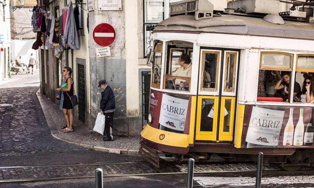 O Serviço de Estrangeiros e Fronteiras de Portugal registrou o maior número de imigrantes em Portugal desde 1976, com 480 mil pessoas Foto: Hermes de Paula/14-8-2018