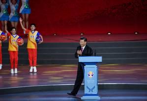 Xi na abertura em Pequim do Campeonato Mundial de Basquete Masculino, no dia 30 de agosto Foto: Greg Baker / REUTERS