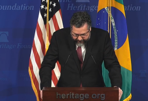 O ministro das Relações Exteriores, Ernesto Araújo, durante discurso na Fundação Heritage, em Washington Foto: Reprodução