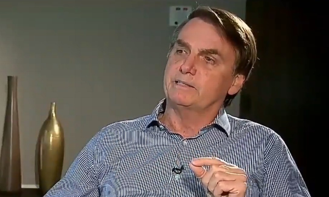 O presidente Jair Bolsonaro em entrevista na TV Record Foto: Reprodução TV Record