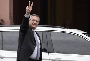 O presidente eleito da Argentina, Alberto Fernández, na saída da Casa Rosada, após um encontro com Mauricio Macri em 28 de outubro Foto: JUAN MABROMATA / AFP 28-10-19