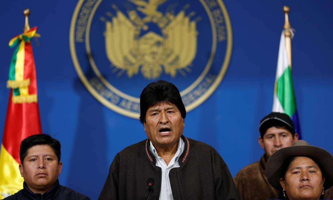 Morales anuncia a convocação de novas eleições do hangar presidencial no aeroporto de El Alto, vizinha a La Paz Foto: CARLOS GARCIA RAWLINS / REUTERS