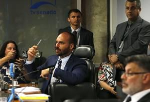 O deputado Eduardo Bolsonaro (PSL- SP) durante audiência no Senado Federal Foto: Jorge William / Agência O Globo 5-11-19