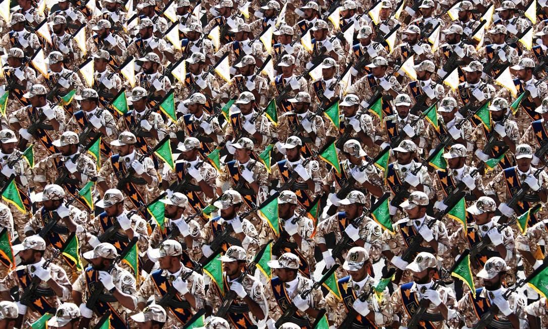 Tropas da Guarda Revolucionária do Irã em parada militar em 2014 Foto: BEHROUZ MEHRI / AFP 22-9-2014
