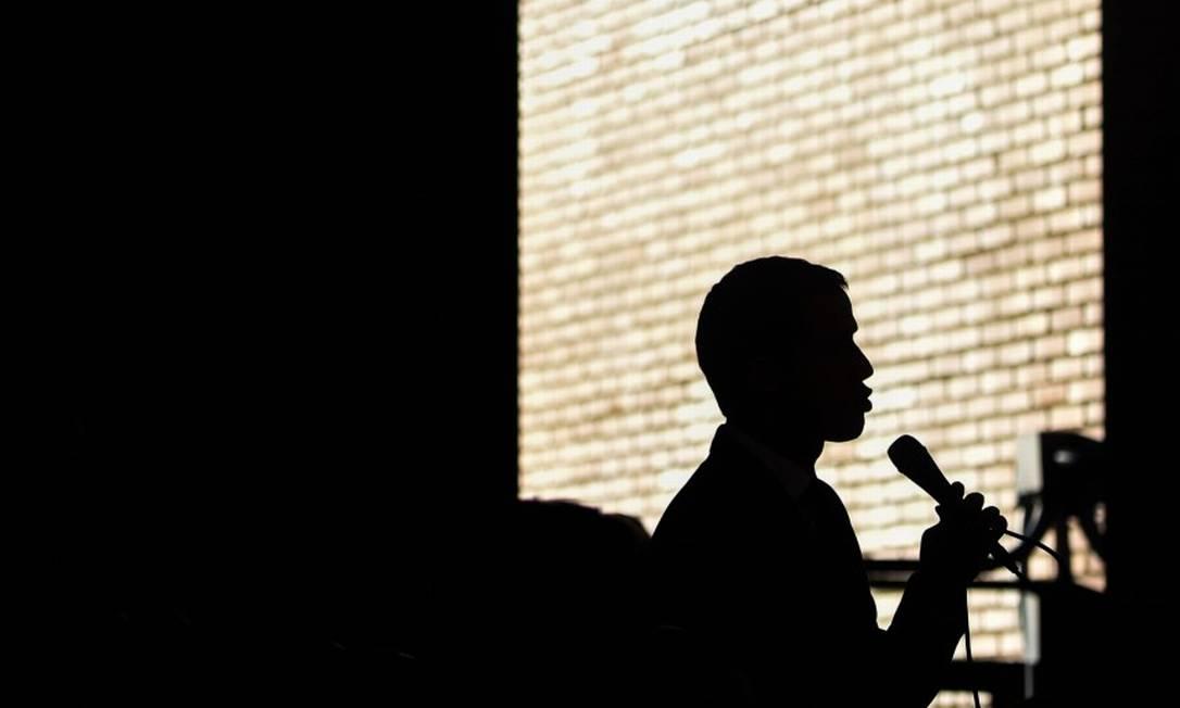 O lider da oposição da Venezuela, Juan Guaidó Foto: CRISTIAN HERNANDEZ / AFP