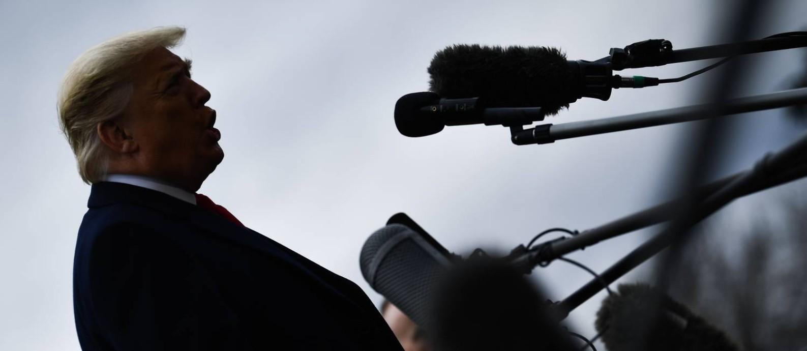 Trump exaltou o estado da economia em seu discurso sobre o Estado da União: entre verdades, meia verdades e grandes exageros Foto: BRENDAN SMIALOWSKI / AFP