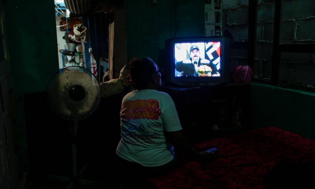 Apoiador assiste a pronunciamento do presidente de Daniel Ortega, presidente da Nicarágua Foto: OSWALDO RIVAS / REUTERS