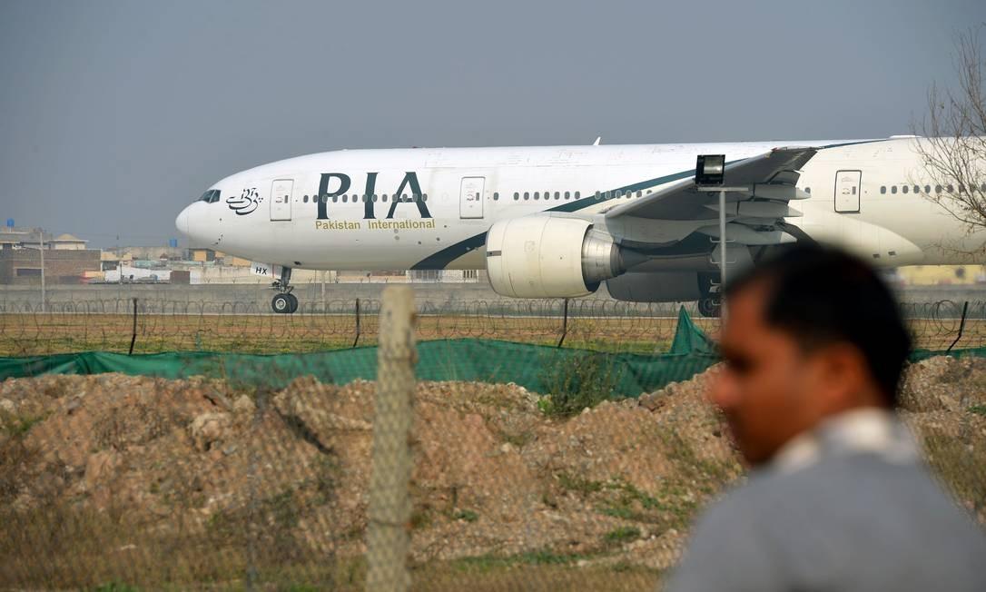 Avião da Pakistan International Airlines: empresa confirmou acidente aéreo com vôo PK8303 Foto: FAROOQ NAEEM / AFP