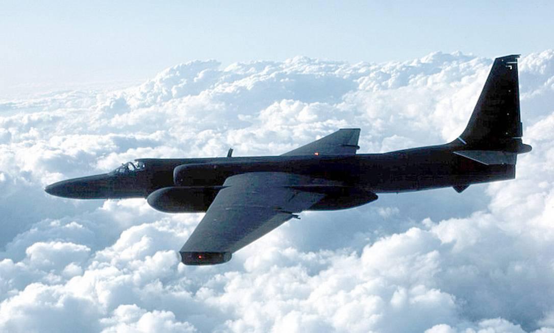 Um avião de espionagem Lockheed U-2: acordo garante voos desarmados de monitoramento Foto: Reprodução
