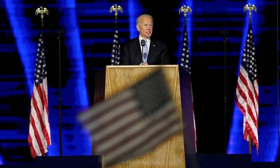 O presidente eleito dos Estados Unidos, Joe Biden, em seu primeiro discurso após o anúncio do resultado Foto: POOL / REUTERS