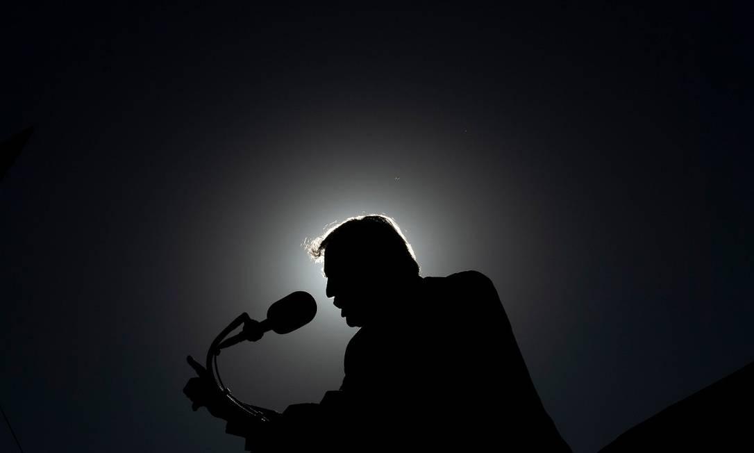O presidente dos Estados Unidos, Donald Trump, durante um comício em 28 de outubro Foto: BRENDAN SMIALOWSKI / AFP
