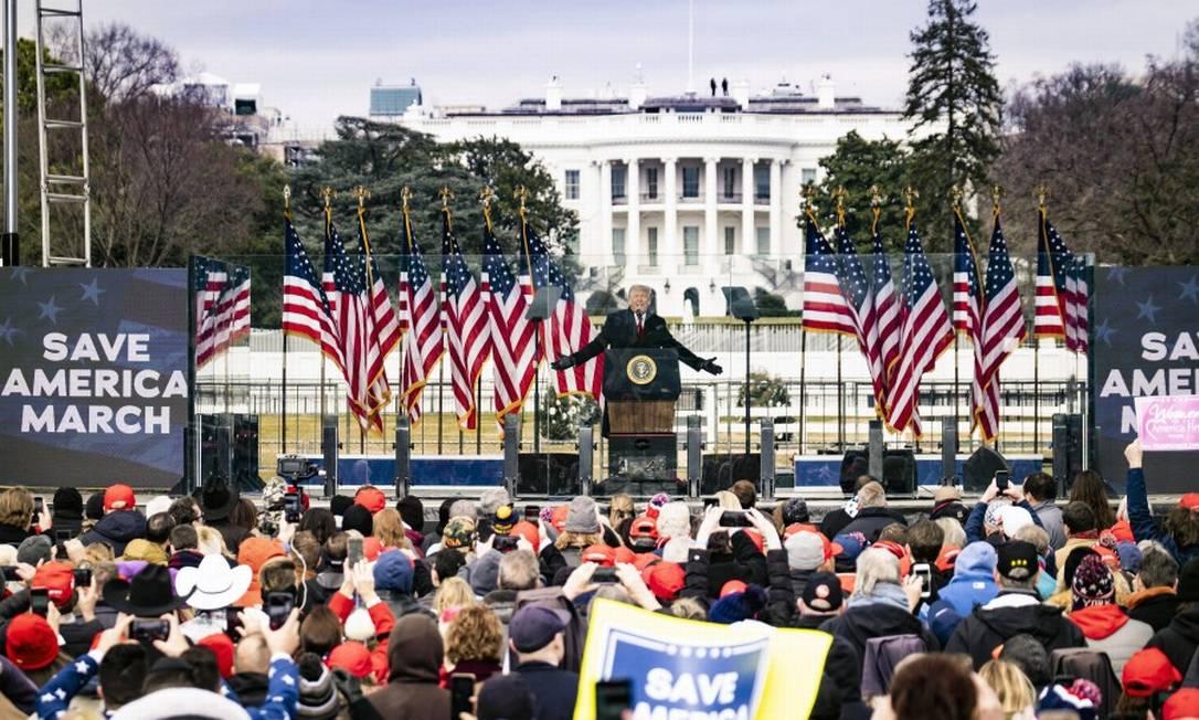 Trump conclama seguidores a irem ao Congresso pressionar pela não certificação da vitória de Biden Foto: PETE MAROVICH / NYT