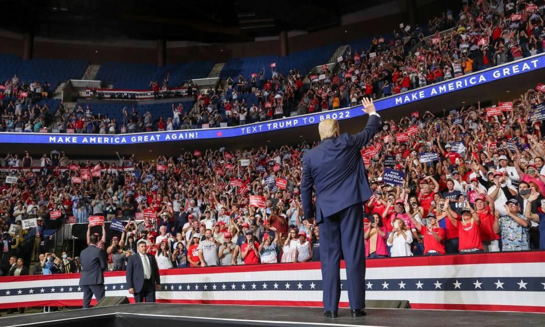 O presidente dos Estados Unidos, Donald Trump, em um comício em Oklahoma em junho Foto: LEAH MILLIS / Reuters