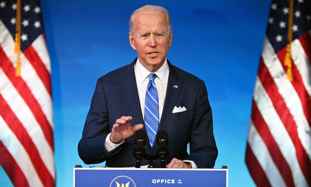 O presidente eleito americano, Joe Biden, apresenta o pacote de estímulo econômico em Wilmington, Delaware, nesta quinta-feira Foto: JIM WATSON / AFP