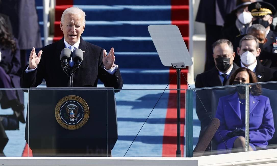 O novo presidente dos Estados Unidos, Joe Biden, em seu discurso de posse nesta quarta-feira Foto: JIM BOURG / REUTERS