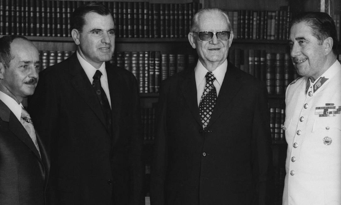 Os ditadores da Bolívia, Hugo Banzer. do Uruguai, Juan Maria Bordaberry. do Brasil, Ernesto Geisel. e do Chile, Augusto Pinochet, em 1974 Foto: Agência O Globo/15-3-1974