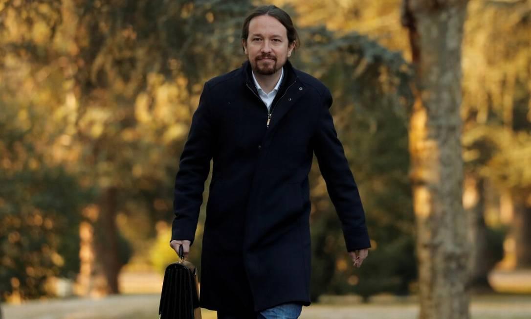 O líder do Podemos Pablo Iglesias chega para a primeira reunião de gabinete no Palácia Moncloa, em Madri, em 14 de janeiro de 2020: ele deixou o governo hoje Foto: SUSANA VERA / REUTERS