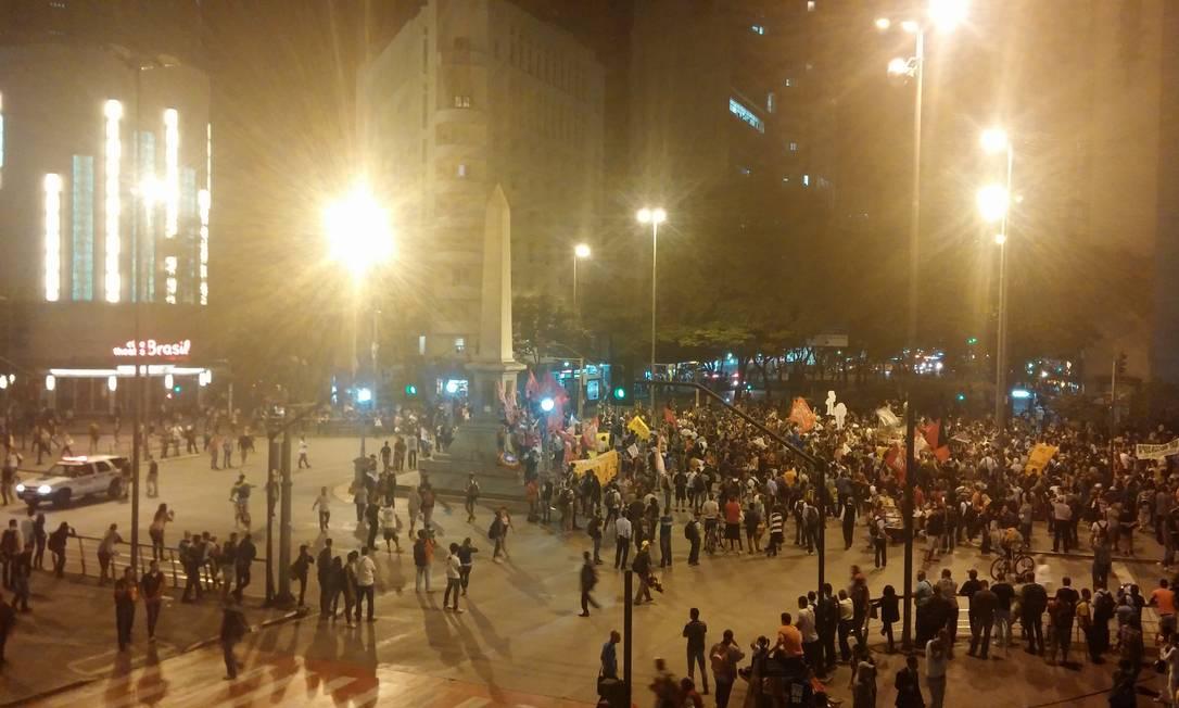 Centenas de pessoas protestaram em Belo Horizonte Foto: Ezequiel Fagundes