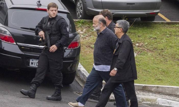 O ex-tesoureiro do PT João Vaccari Neto, durante transferência para o Complexo Médico Penal em Pinhais, Curitiba Foto: Terceiro / Agência O Globo