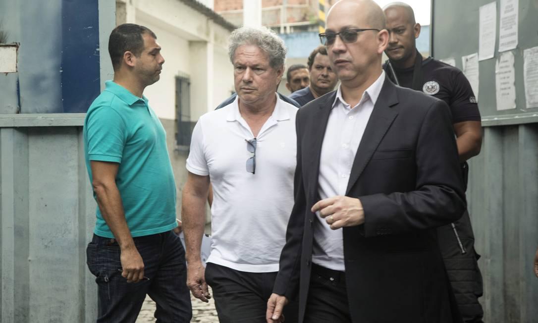 Jacob Barata Filho sai do Presídio em Benfica Foto: Ana Branco / Agência O Globo
