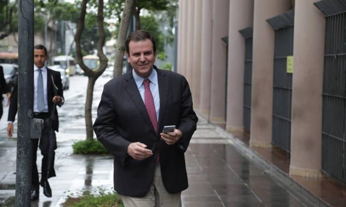 Ex-prefeito Eduardo Paes depõe como testemunha na Operação Lava-Jato . Foto: Márcio Alves / Agência O Globo