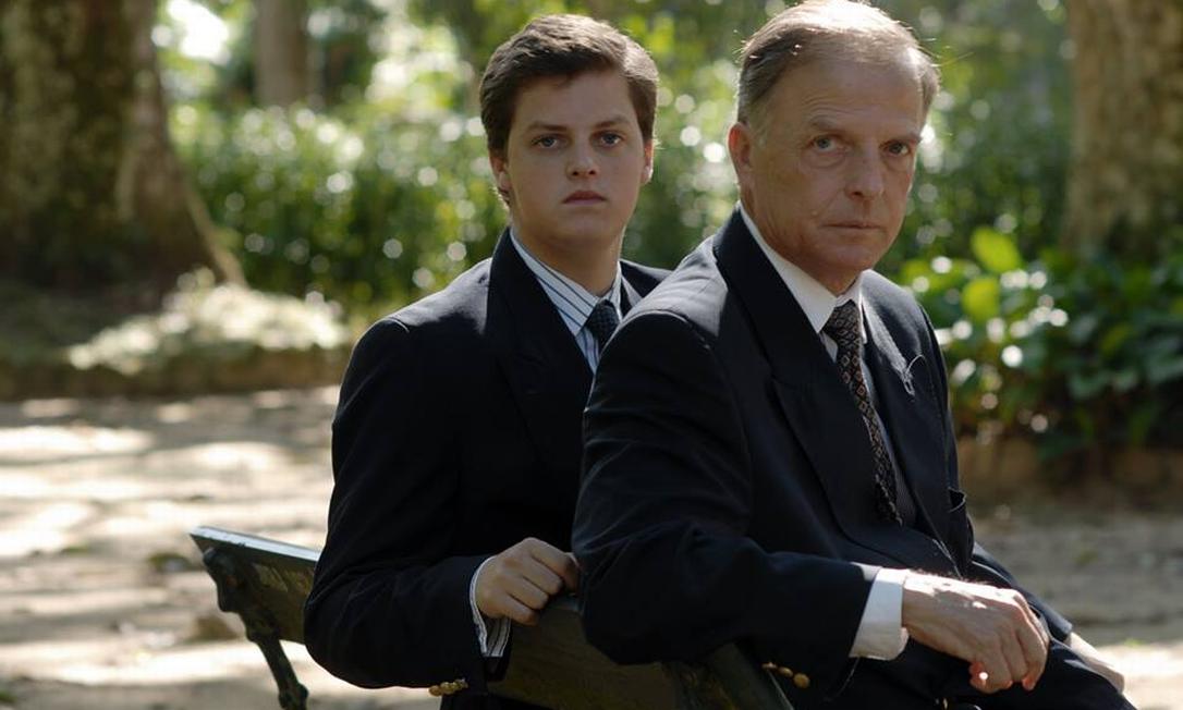 Dom Antônio (à direita), apontado como herdeiro da Família Imperial Brasileira, está hospitalizado com coronavírus. Também na foto, seu filho, Dom Rafael Foto: Divulgação/Casa Imperial