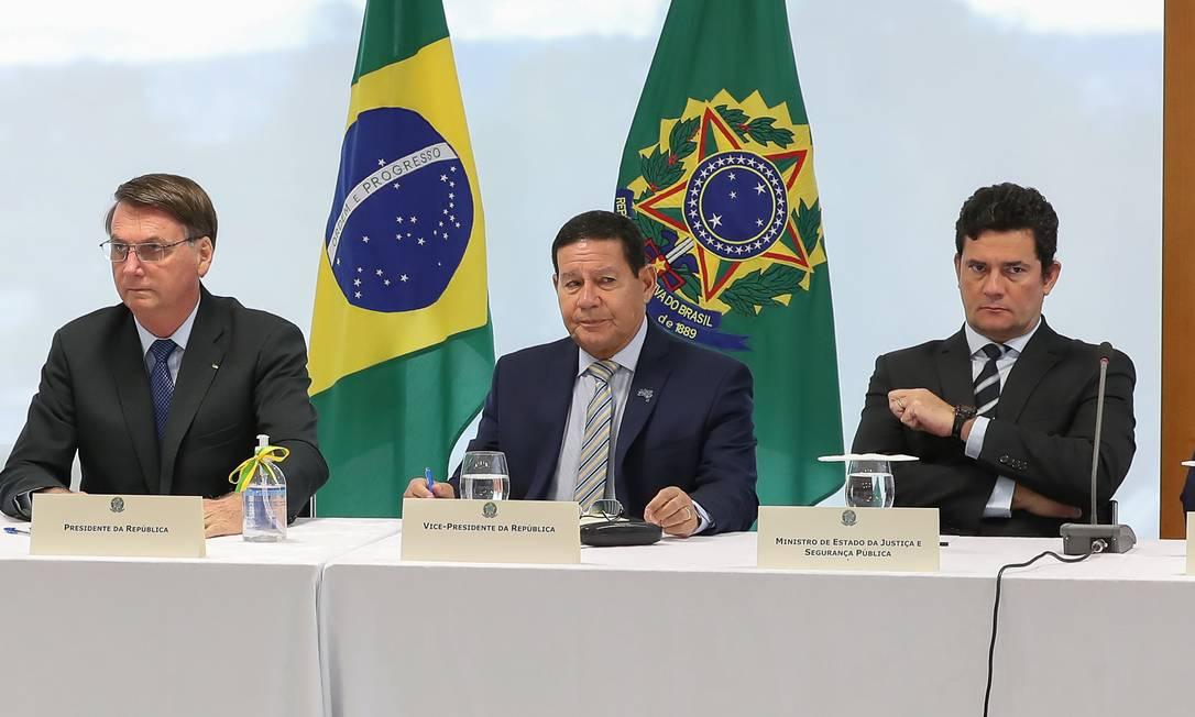 Reunião realizada entre Bolsonaro e ministros dia 22 de abril, que foi citada por Sergio Moro como prova de interferência do presidente na PF Foto: Marcos Correa / Agência O Globo