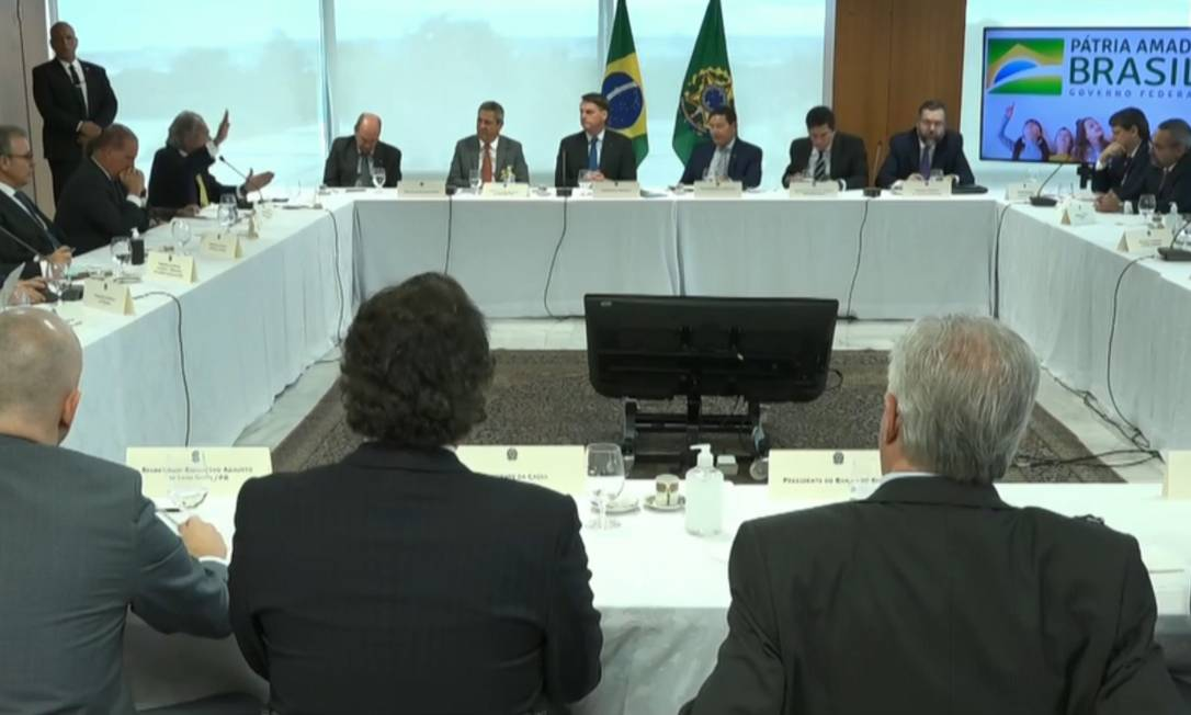 Imagem do vídeo de reunião ministerial com o presidente Jair Bolsonaro Foto: Reprodução / Agência O Globo