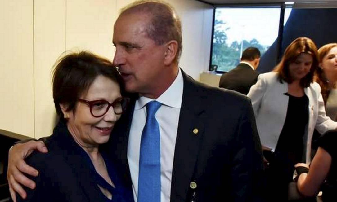 Ministros da Agricultura e da Cidadaniafizeram defesas públicas de candidatos a prefeituras Foto: Foto: Rafael Carvalho / Governo de Transição / BBC News Brasil