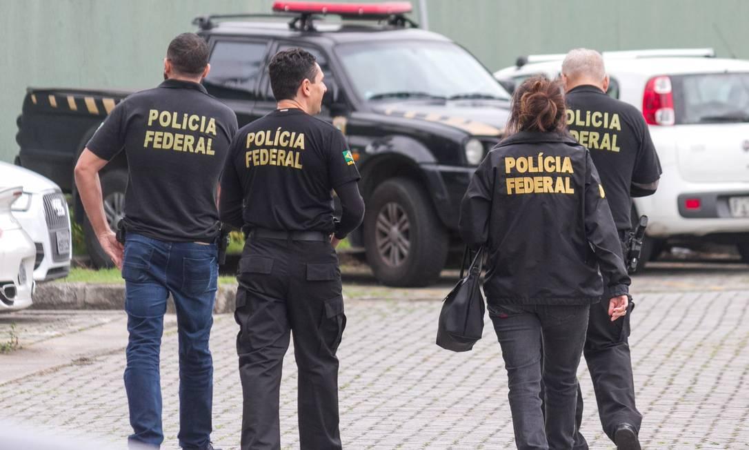 Agentes da Polícia Federal na Superintendência da PF em São Paulo Foto: Marivaldo Oliveira/Codigo19 / Agência O Globo / Agência O Globo