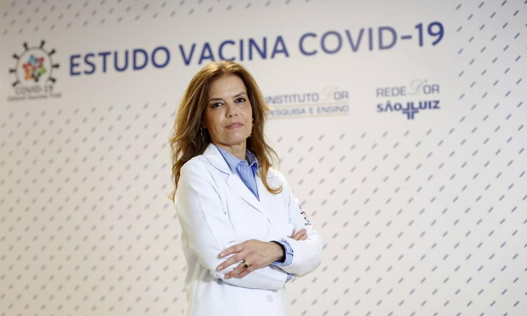 A pesquisadora Sue Ann Costa Clemens: com vasta experiência em estudos de vacinas, ela enfrentou seu maior desafio durante a pandemia Foto: Fábio Rossi / Agência O Globo